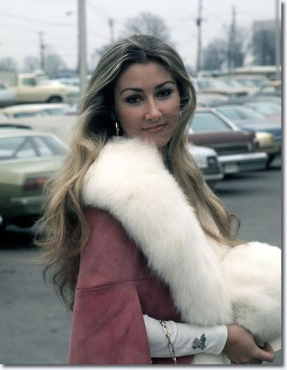 Linda Thompson. Elvis's girlfriend for four years.