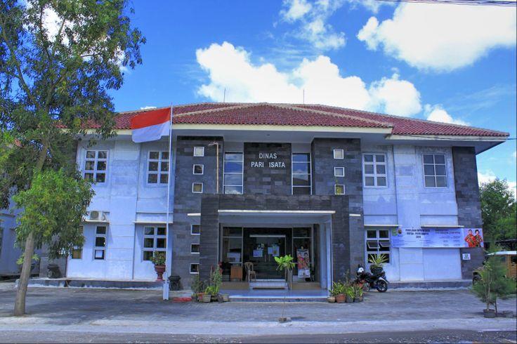 Kantor Dinas Pariwisata Kabupaten Bantul. Detail? Lihat: www.gudeg.net