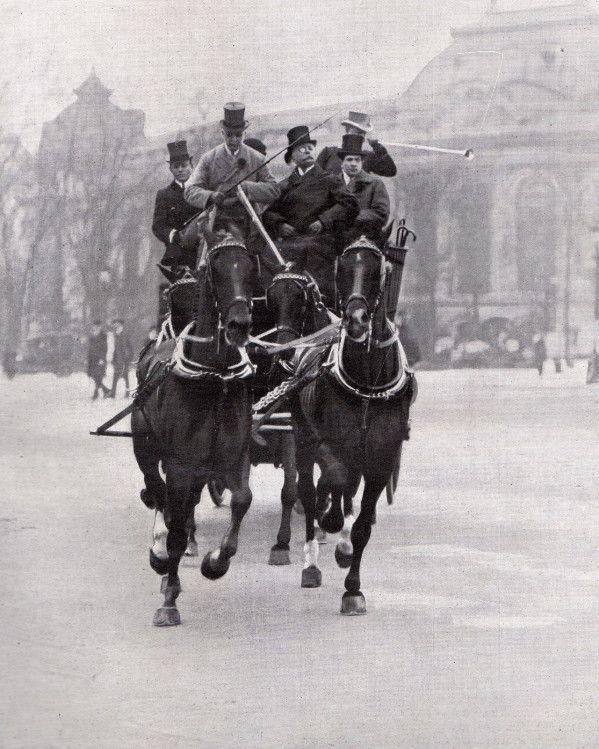 Mail coach du Baron de Zuylen de Nyevelt gagnant du marathon concours de Paris En complément de l'article sur les écuries du baron Empain en 1911 (L'attelage en 1911 /1. L'écurie de Monsieur le Baron Empain. ), nous vous proposons un petit reportage en...