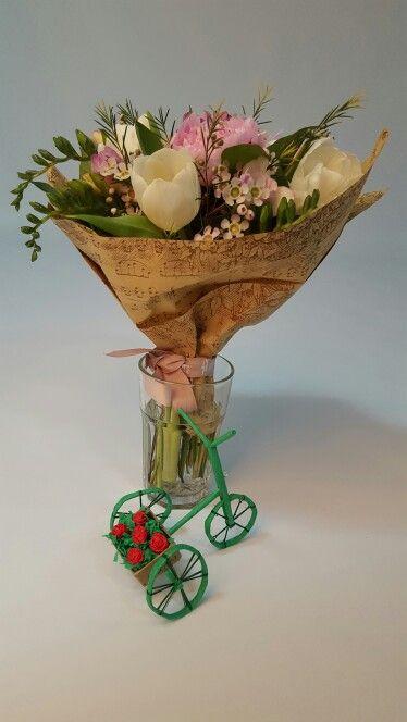 Paper decorative mini bicyle