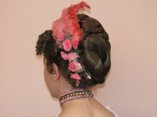 Tutorial on how to create six bustle era hairstyles.
