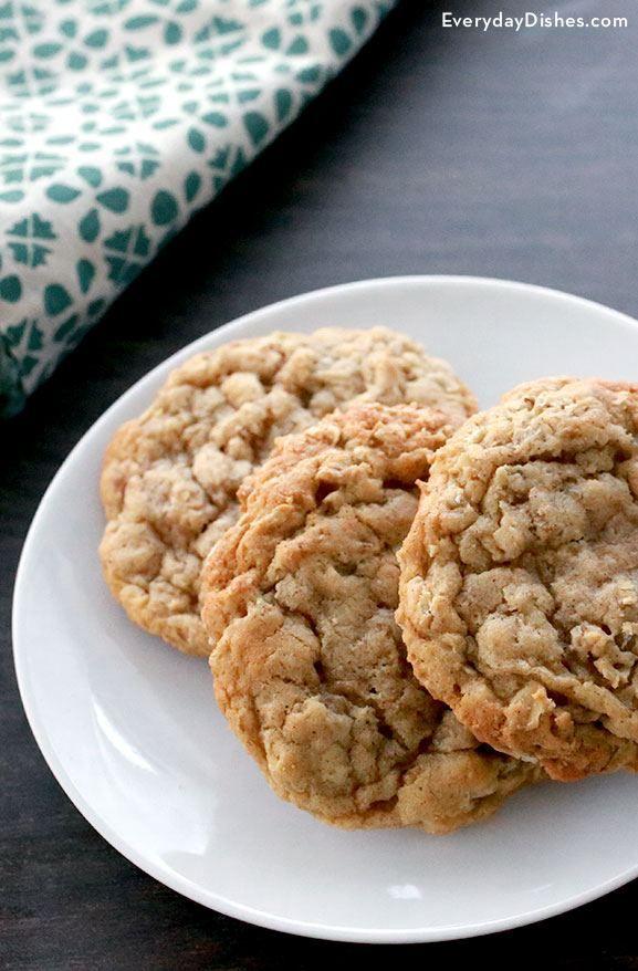 Homemade oatmeal cookies recipe