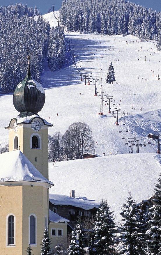 Saalbach-Hinterglemm, Pfarrkirche Hll. Bartholomäus und Nikolaus (Zell am See) Salzburg AUT