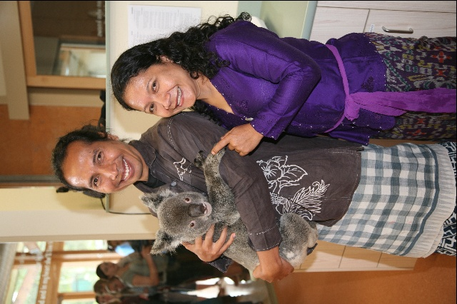 Acclaimed Balinese conservationists and veterinarians Dr Bayu Wirayudha and Dr Sari Nindhia meet a koala for the first time during a three-week Australian conservation seminar tour in 2009.