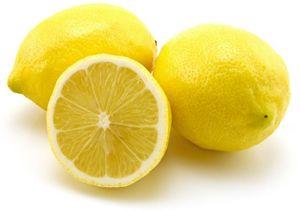 Hallo Ihr Lieben! Heute habe ich wieder mal ein DIY Projekt für euch. Nämlich ein Rezept um eure Haare aufzuhellen. Dazu braucht Ihr: Zitronensaft von mindestens 2 Zitronen (die Menge kommt auf eu...