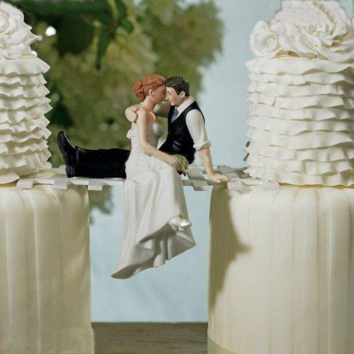 ROMANTIC-FUNNY-WEDDING-CAKE-TOPPER-FIGURE-BRIDE-GROOM-COUPLE-BRIDAL-DECORATION