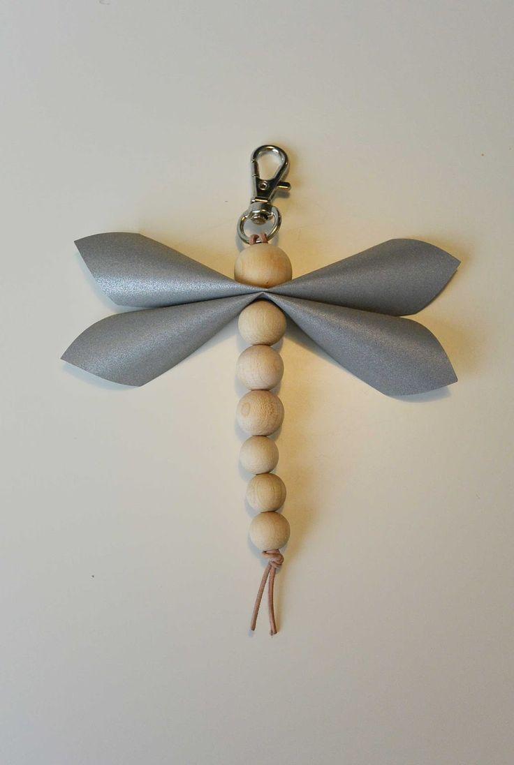 annan aarteet: sudenkorentoheijastimia
