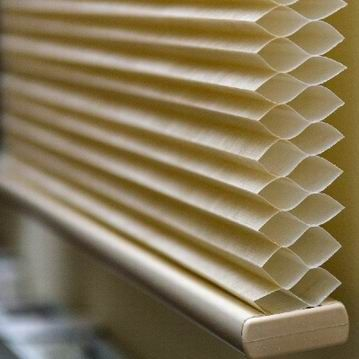 cordless honeycomb blinds for the bedrooms