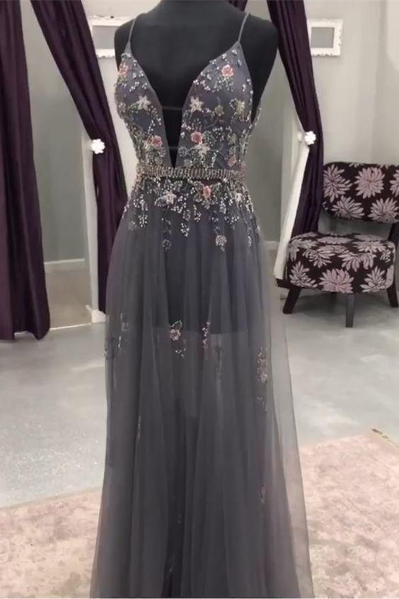 Bescheidene graue lange Ballkleider mit Perlenstickerei, einzigartige Abendkleider mit tiefem Ausschnitt