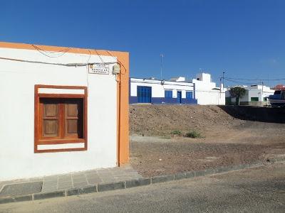 Cercare Casa o un appartamento in affitto alle Canarie nell'isola di Fuerteventura e' uno dei problemi da affrontare, ecco le soluzioni che abbiamo trovato noi.