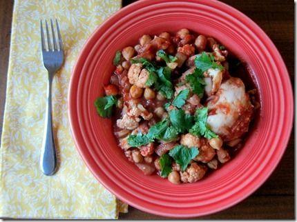 Crockpot Garam Masala Chicken and Chickpeas (GF) (onion, crushed tomatoes, cauliflower, cilantro, greek yogurt)