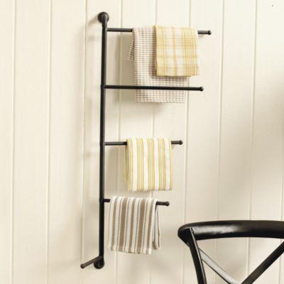 20 ways to make a small bathroom big bath towel racks towels and wall decor. Black Bedroom Furniture Sets. Home Design Ideas