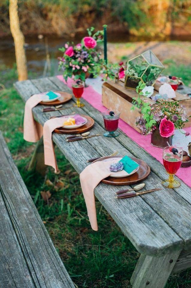 A színpompás nyári virágok a kerti partik elmaradhatatlan kiegészítői. Íme néhány ötlet!