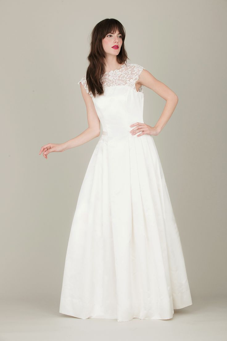 39 best Brautkleider images on Pinterest | Bridal gowns, Jenny ...
