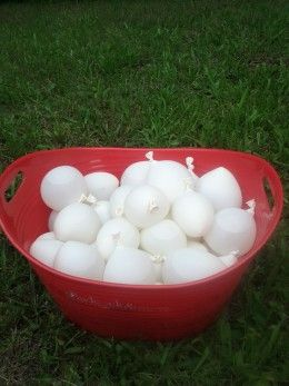 christmas in july idea: white balloons for a snowball fight!