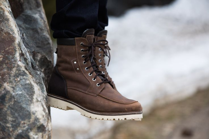 Versant Mens Winter Cold-Weather Boots - Mens leather boots - Mens brown leather boots - Mens brown boots - Mens waterproof boots - Handmade wool lined boots. Anfibio Boots® waterproof handcrafted winter boots are made in Montreal, Canada. Luxurious craftsmanship guarantees long-lasting comfort. Anfibio's handmade winter walking boots are warm and durable. Shop men's winter boots, men's snow boots, men's boots, men's cold weather boots, men's winter fashion http://www.bottesanfibio.com