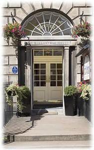 ★★★ Ballantrae Hotel, Edinburgh, UK