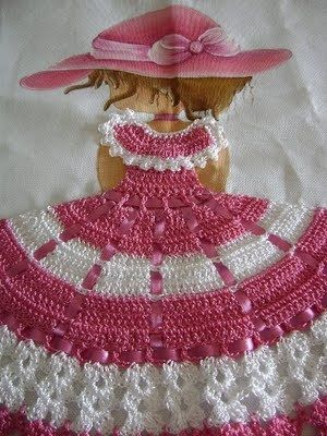 Blog de branca-variedades :Crochê,pinturas e muito +++++, boneca rosa/branco