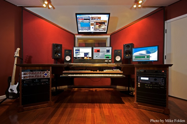 Home Recording Studio. just because I want one :)