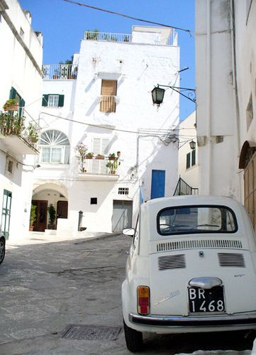 Ostuni by White