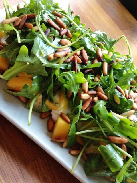 ber ideen zu rucola salat auf pinterest gesunde salatrezepte und italienischer salat. Black Bedroom Furniture Sets. Home Design Ideas