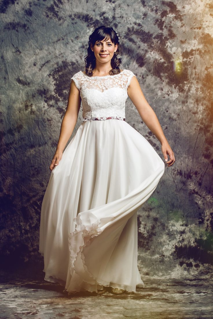 17 best BRIDE2018_Coblence Couture images on Pinterest