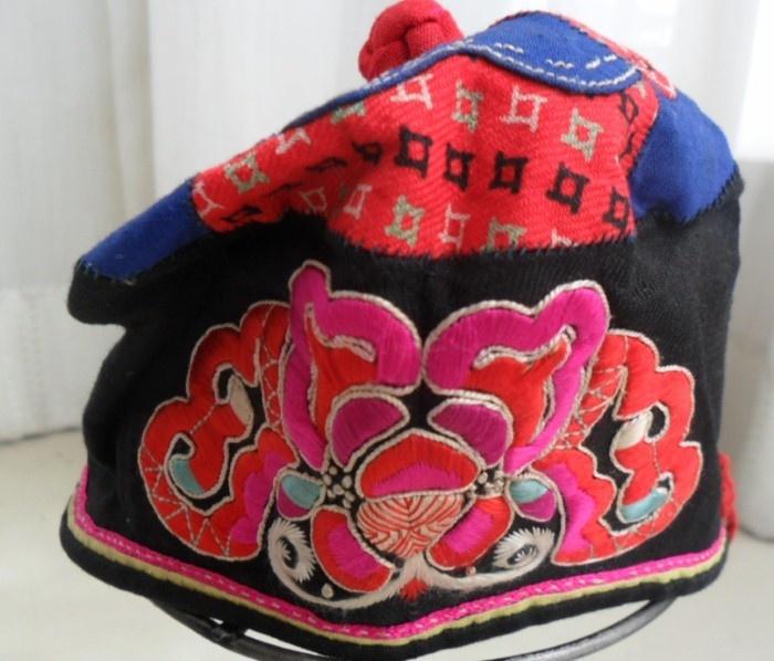 hmong textiles essay