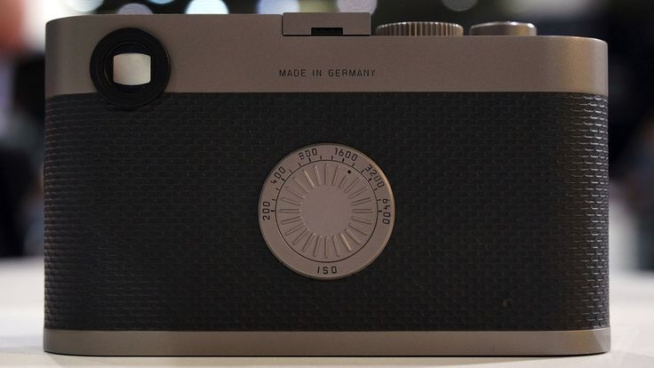Leica strips display from digital camera in 60th anniversary return to basics