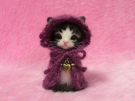 Needle+Felted+Gray+and+White+Cat+in+Cape+with+by+LilyNeedleFelting