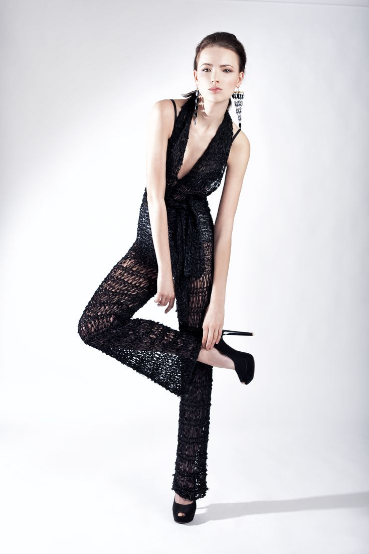 http://www.dorothea.com.gr/index.php/en/eshop-resort/122/knitted-long-jumpsuit-detail