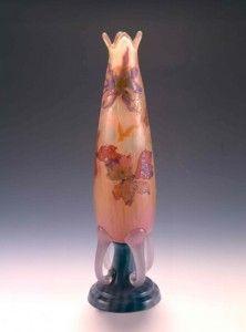 Le vase Ancolies, commandé à Gallé par Émile André pour sa fiancée, 1902. ©C. Philippot/ Musée de l'École de Nancy. Follow FOSTERGINGER@ PINTEREST for more pins like this. NO PIN LIMITS. Thanks to my 22,000 Followers. Follow me on INSTAGRAM @ ART_TEXAS