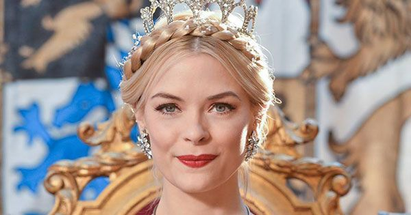 Jaime King Says Goodbye To Hart Of Dixie Fans Through Instagram   Watching anyone lose a job sucks. That's why, even if you don't watch Hart of Dixie, you can't help but be a little moved by its stars' farewell to the four-year-old CW series. While the network still hasn't officially announced that Hart of Dixie is cancelled, the show creator and some of