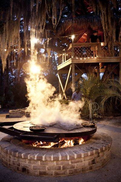 Low Country Boil at Moreland Landing - Palmetto Bluff Resort - www.SebrellSmith.com