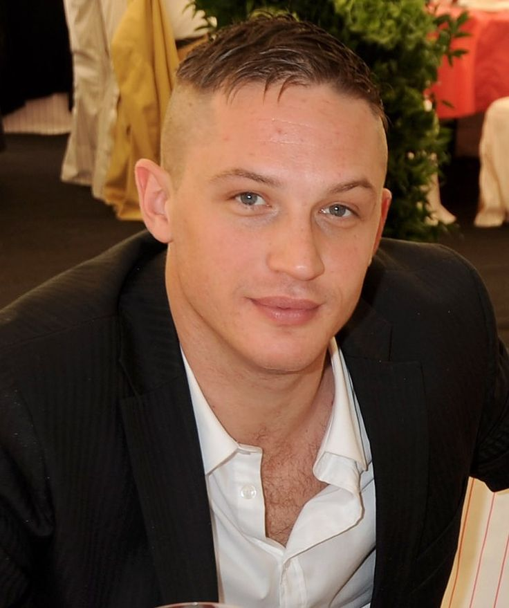 Tom Hardy Undercut Hairstyle and Haircut 2015 Pictures
