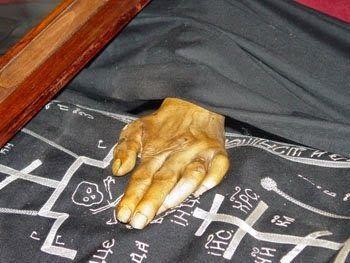 ΟΙ ΑΓΓΕΛΟΙ ΤΟΥ ΦΩΤΟΣ: Άγιος Αλέξανδρος Σβιρ.Συγκλονιστικό λείψανο 500 ετ...