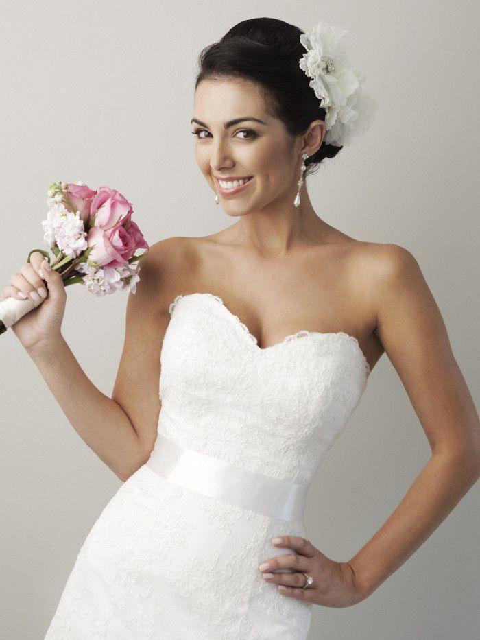 sweetheart lace a line wedding dress