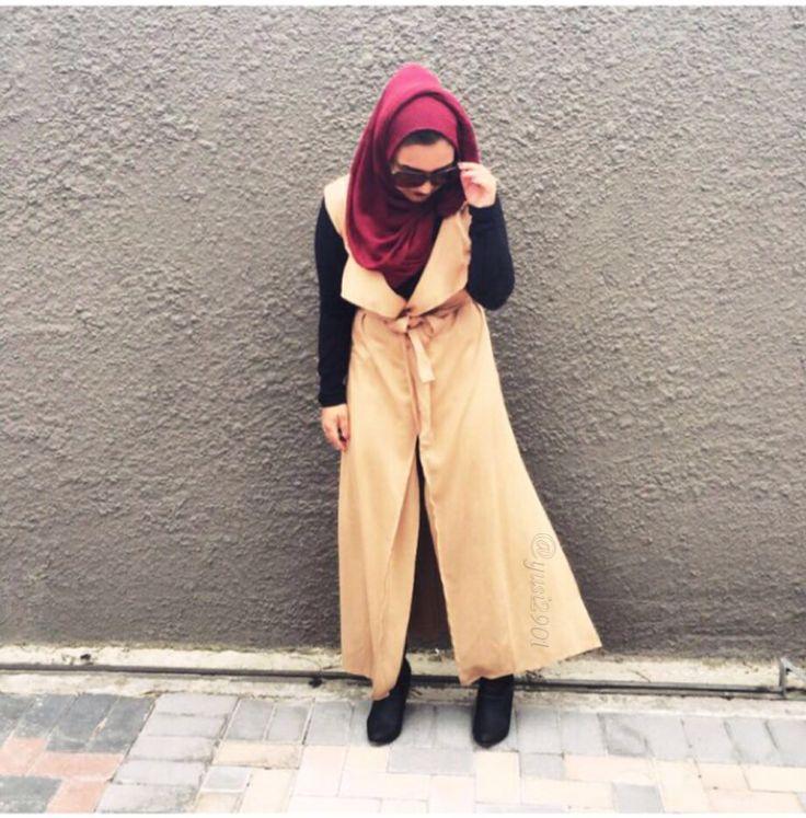 #hijabi #hijarbielookbook #streetfashion #ootd #modest