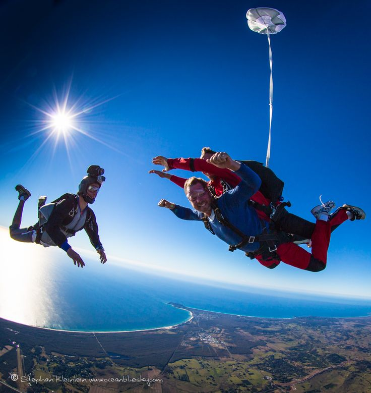 Some very happy tandem skydivers living the dream and flying over Byron Bay. #SkydiveAustralia #ByronBay #adventure #adrenaline #bucketlist