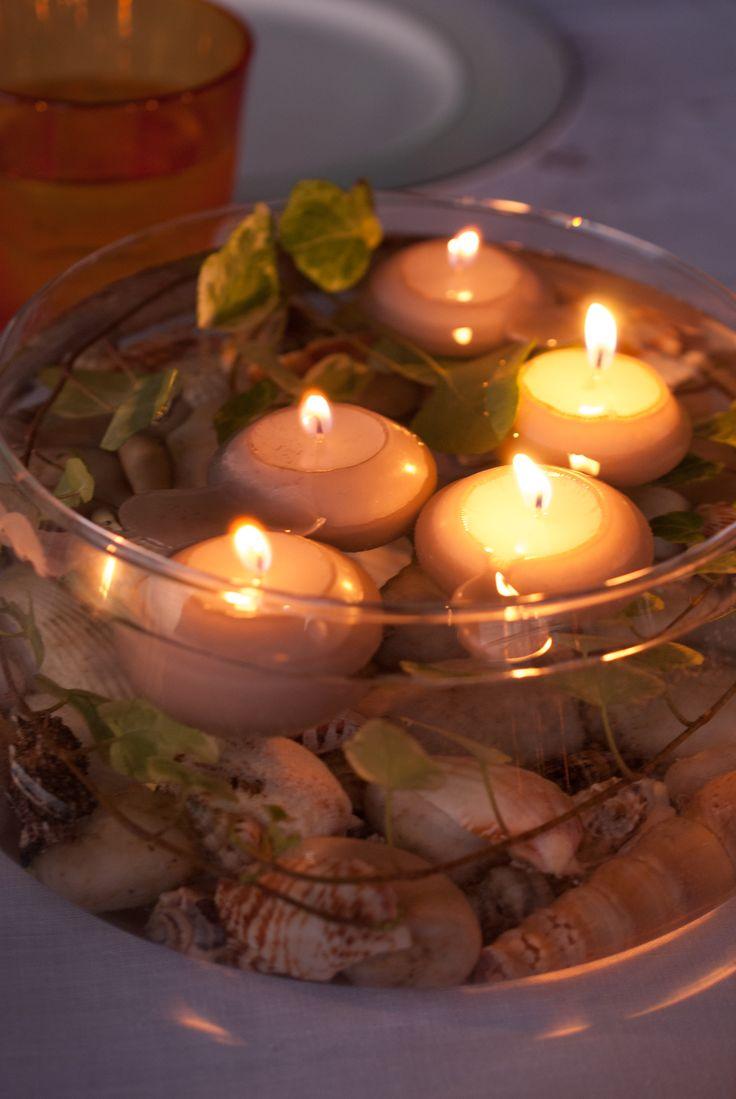 Atmosfera - bastano poche  candele galleggianti e conchiglie