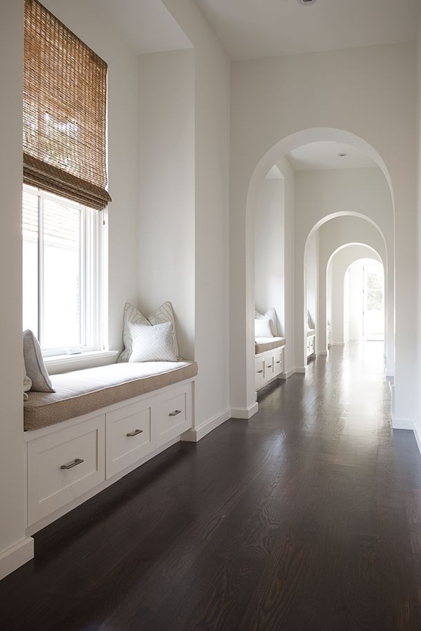 Hallway with Window seats - Respectful Design, Dallas, TX