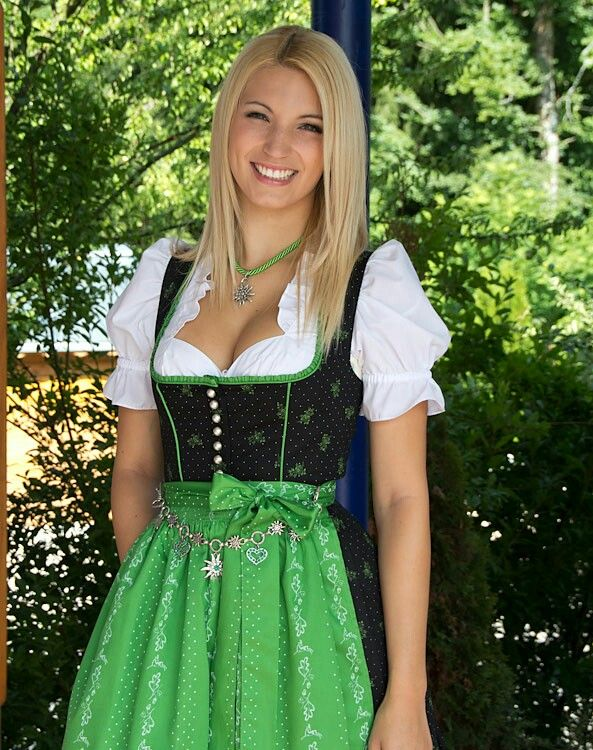 Teen girls in Austria