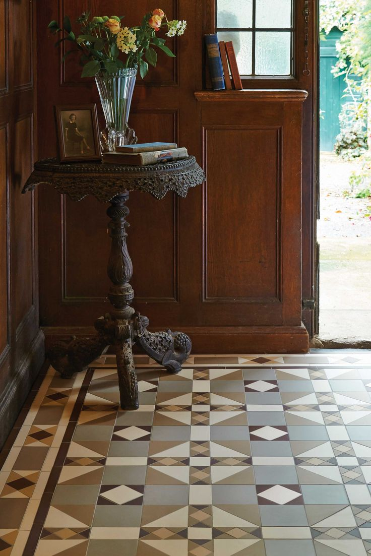 The traditional style Colchester pattern will make a statement in hallways, living rooms, bathrooms, kitchens - wherever they are used! New colours, patterns and shapes means our geometric Victorian style floor tiles look great in traditional and contemporary homes. originalstyle.com