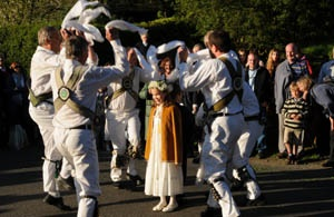 May Queen and Morris dancers in Ansty on May Day