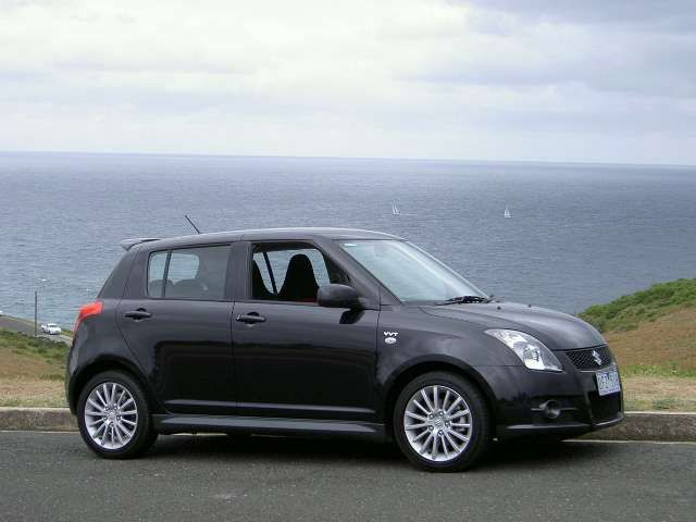 rt.i.suzuki.swift.sport.black.kep.r.r.00.60.JPG (640×480)