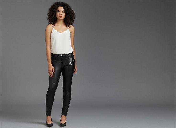 Pantalon skinny Kate à devant en faux cuir avec fermetures éclair