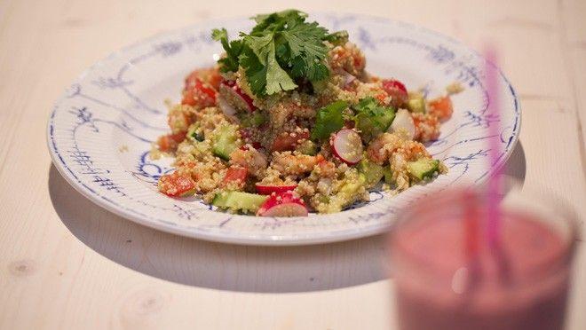 Quinoasalade met rivierkreeftjes en krab - De Makkelijke Maaltijd | 24Kitchen/ Quinoa Salad with Crayfish and Crab (recipe is in Dutch)