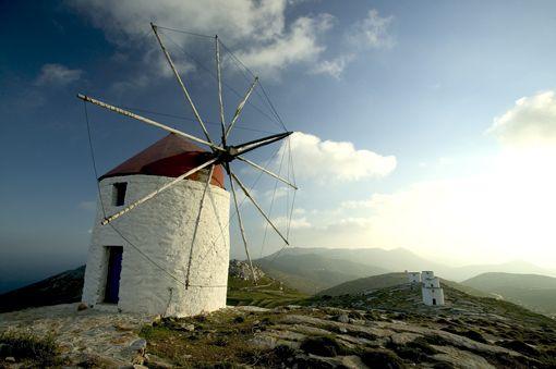 Amorgos-winsmills in Hora.Source:© GNTO/ CYCLADES PREFECTURE (Andreas Smaragdis)