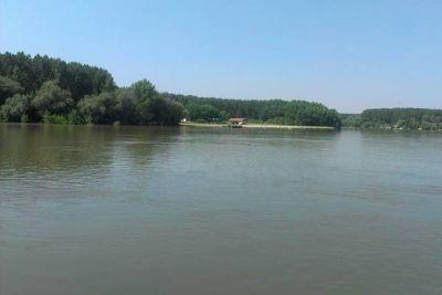 Dezvoltarea ecoturismului în localităţi riverane Dunării http://www.antenasatelor.ro/turism/6350-dezvoltarea-ecoturismului-in-localitati-riverane-dunarii.html
