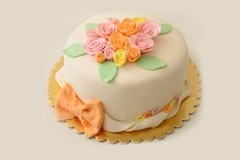 94: Strawberry Cake by Muge Huner