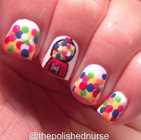 Bubble Gum Nail Art: Bubblegum Machine Nails